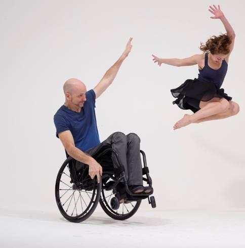יוזמה: ללמוד לרקוד עם כיסא גלגלים